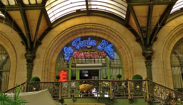 Le Train Bleu, na Gare de Lyon, em Paris, França