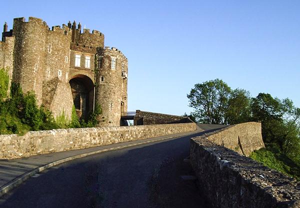 Uma das duas entradas do Dover Castle