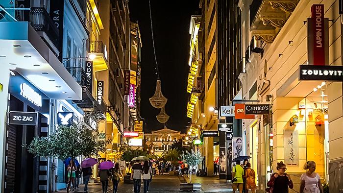 Vida noturna, em Atenas
