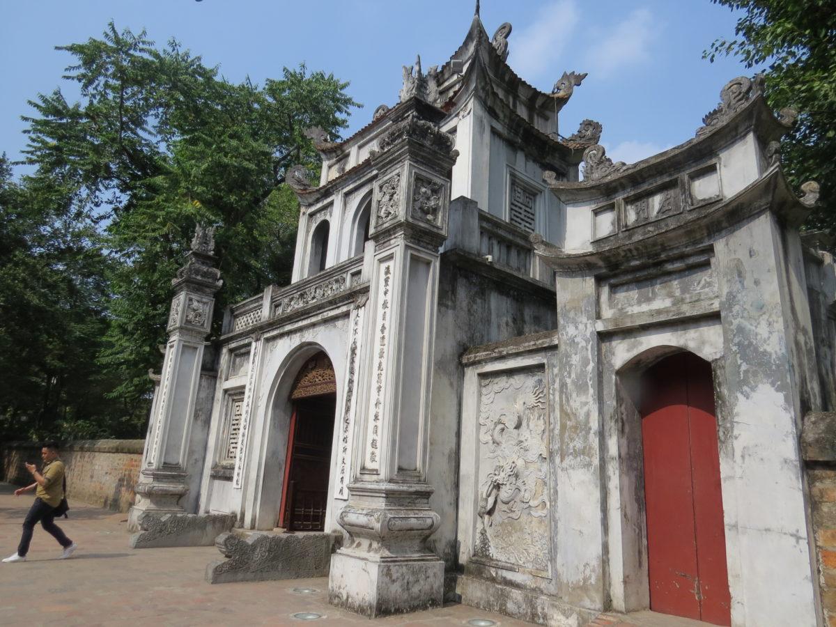 4 HANOI (541)