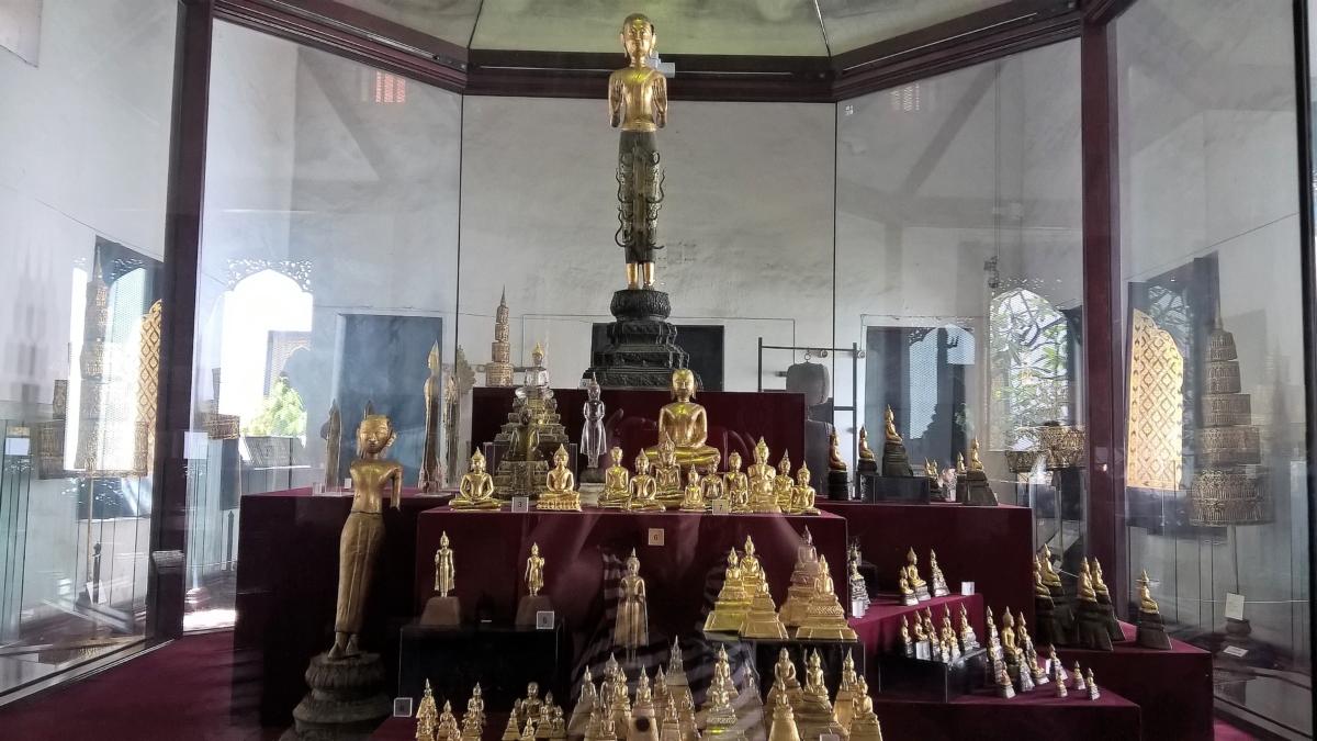 Miniaturas douradas