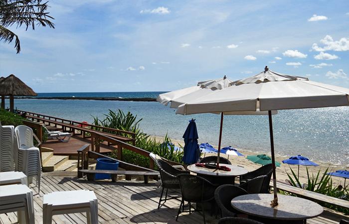 Barra de São Miguel e o mar azul