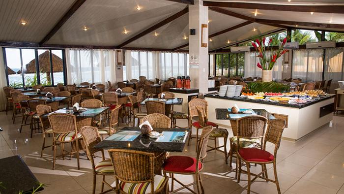 O restaurante do Village Barra de São Miguel