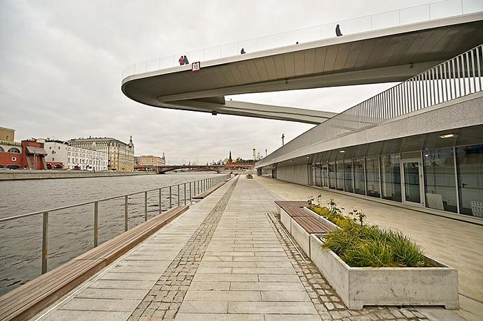 Moscou_Zaryadye_park_passarela