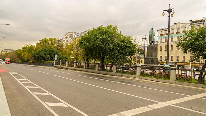 Moscou_prédios_e_luminárias