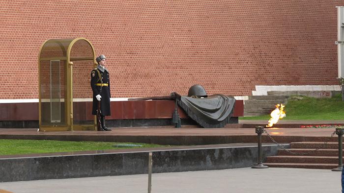 Praça-Vermelha_túmulo-do-soldado-desconhecido
