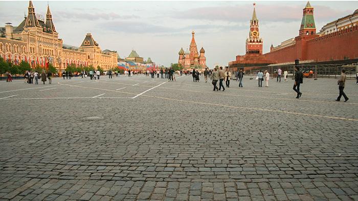 A Praça Vermelha - cercada pelo Shopping GUM, a Catedral de São Basílio e o Kremlin