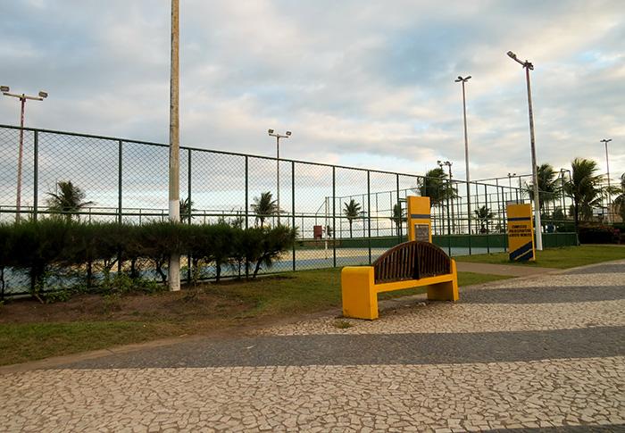 São mais d 10 quadras para a prática de esportes