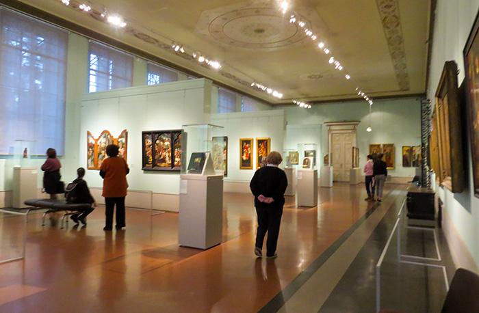 São muitas as salas dedicadas à pintura