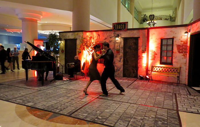 Um show de tango no hotel Enjoy Punta del Este