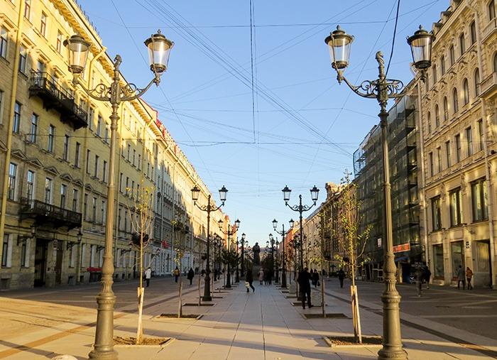 Uma das lindas ruas de São Peterburgo
