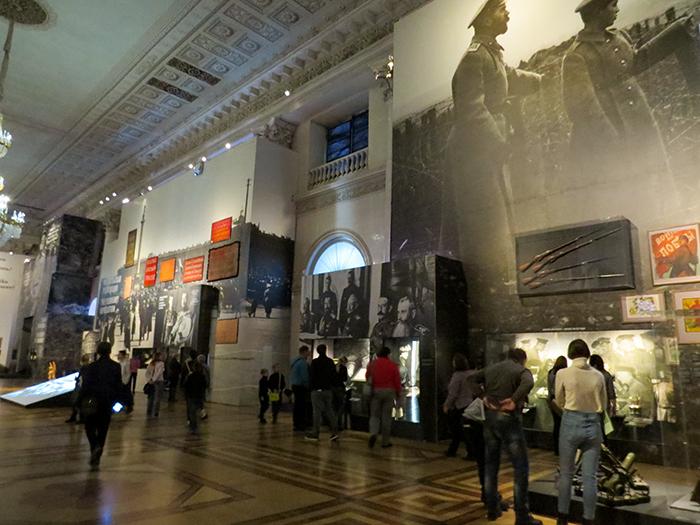 O Hermitage foi um dos poucos museus a realizar uma exposição sobre o Centenário da Revolução Russa.