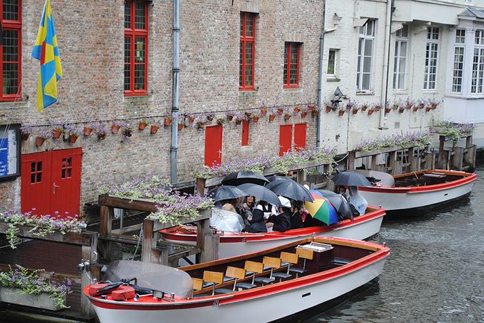 de barco pela cidade de Bruges
