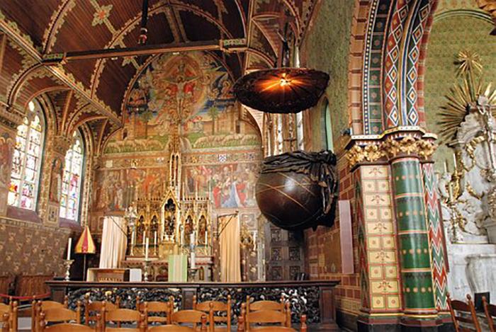A capela superior, onde fica a relíquia