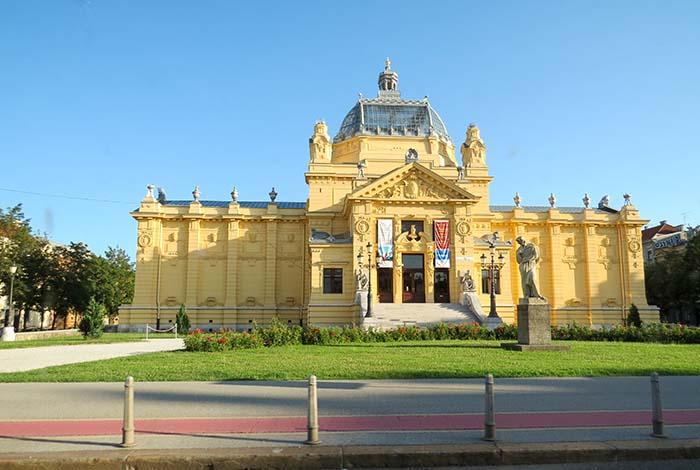 Pavilhão de Arte em Zagreb, Croácia