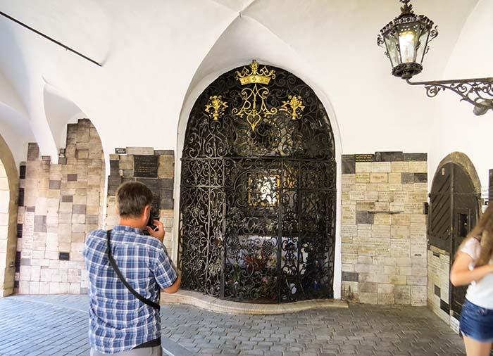 capela do portão de pedra, em Zagreb, Croácia