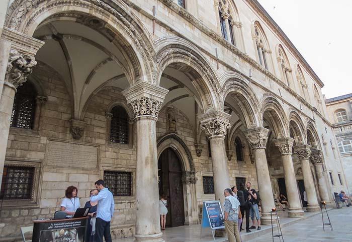 O Palácio do Reitor, em Dubrovnik, Croácia