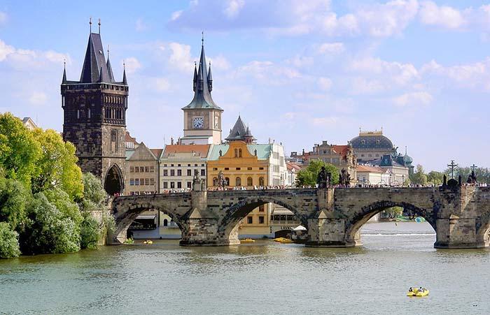Ponte Carlos, em Praga.