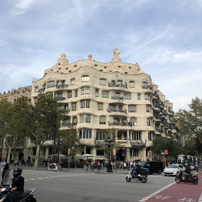 La Casa Milá, também conhecida como La Pedrera, em Barcelona.
