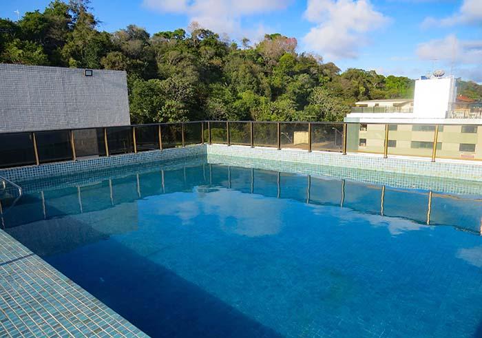piscina do Hotel Cabo Branco Atlântico, em João Pessoa, Paraíba