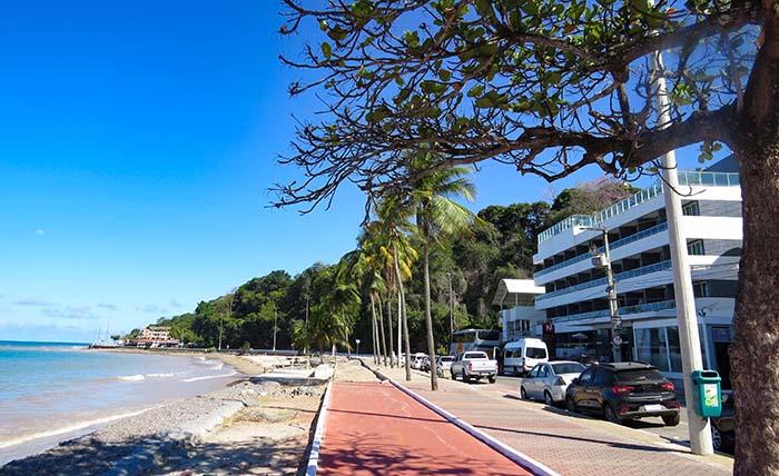 Orla do bairro de Cabo Branco, em João Pessoa, Paraíba