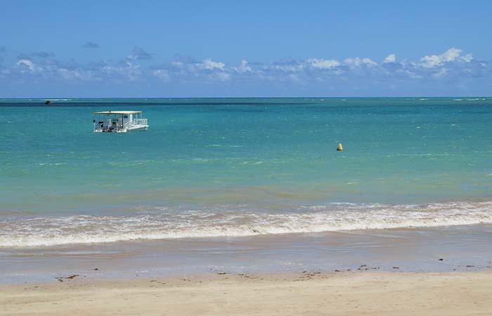 O mar na região do Ocean Atlântico Hotel