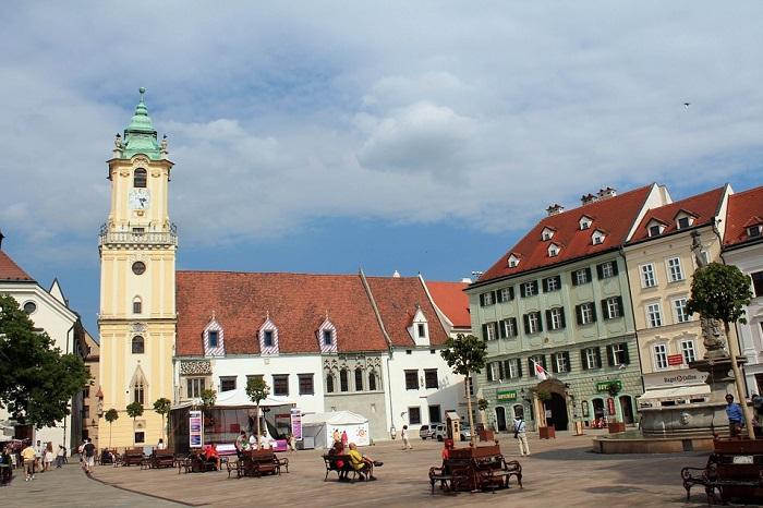 Praça Hlavná em Bratislava