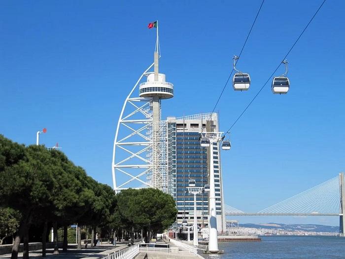 Passeio no Teleférico do Parque das Nações, obrigatório no roteiro de qualquer turista em Lisboa