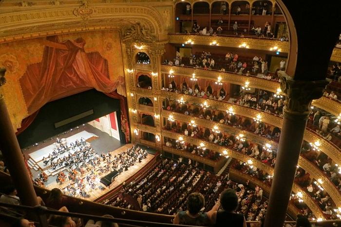 Interior do Teatro Colón, em Buenos Aires