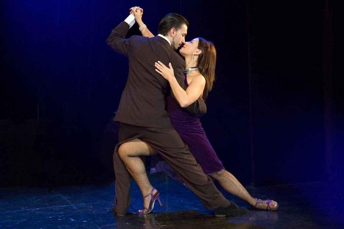 Espetáculo de tango na Esquina Homero Manzi (imagem: site oficial do local)