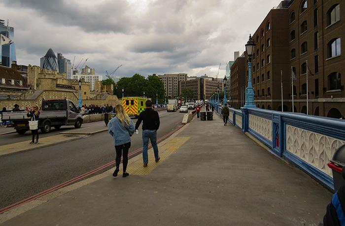 Uma rua de Londres sinalizada