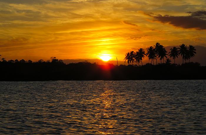 Por do sol no Pontal da Maracaípe, Pernambuco
