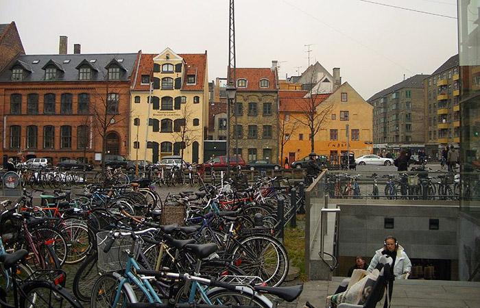 Estacionamento de bicicletas em Copenhague, Dinamarca
